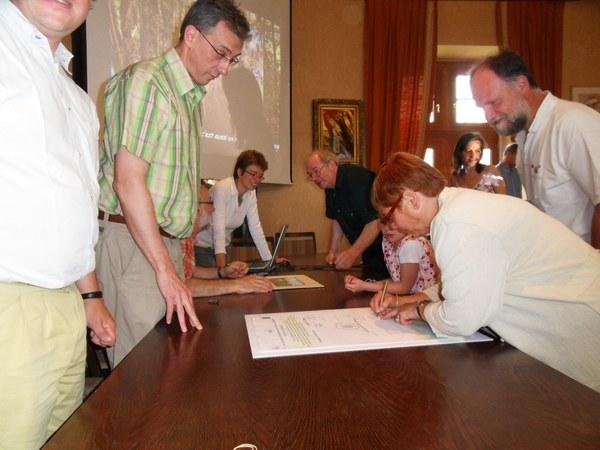 Signature charte 2